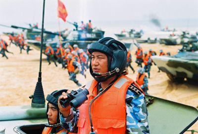 焦点访谈:具有传奇色彩的中国海军陆战队军官