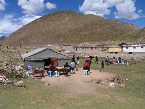 藏族帐篷儿童手绘图画