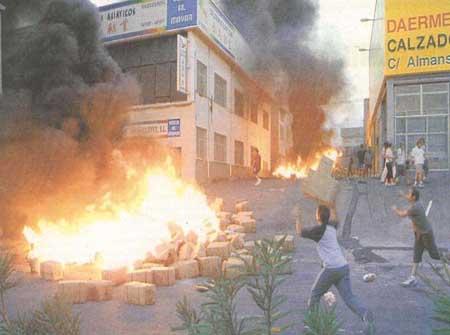 西班牙埃尔切再次爆发大规模反华商示威游行