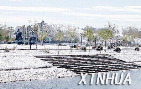 组图:内蒙古呼伦贝尔市喜降第一场瑞雪