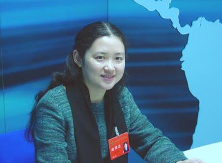 河南青年女作家何向阳:文学与先进文化建设(图)