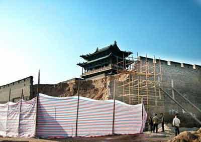 南京《周末》:谁该对平遥古城墙坍塌负责