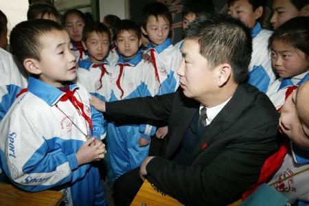 图文:北京法官普法进课堂(2)