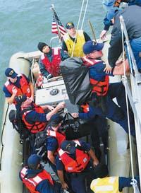 布什三次严词警告陈水扁在矛盾中展望中美关系
