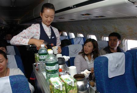 图文:民航春运迎来返程客流高峰