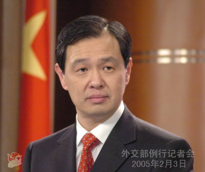 外交部驳斥中国威胁论:中国为世界发展提供机遇