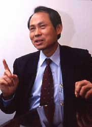 台联党主席参拜靖国神社对日本战犯表示钦仰