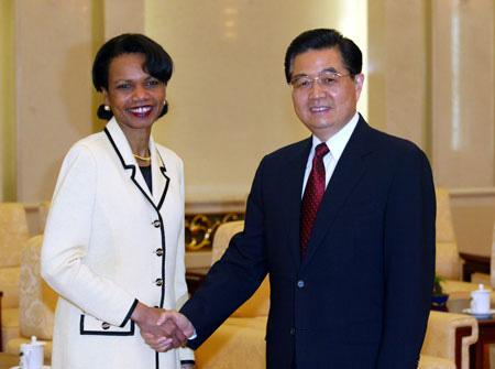 美国表示将与中国进行定期高层次会谈