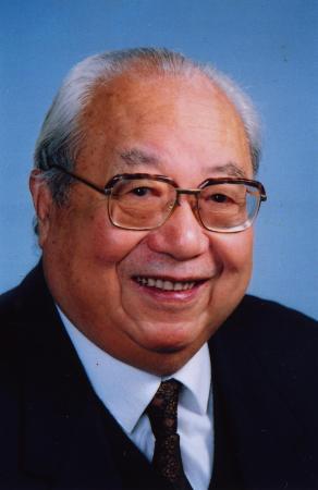著名学者费孝通24日在北京逝世享年95岁