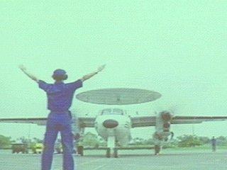 美国向台湾当局交付两架鹰眼预警机(图)