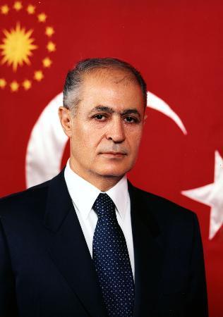 图文:土耳其总统塞泽尔像