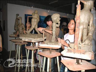 """艺术/""""未来考古学""""第二届中国艺术三年展今天开幕"""
