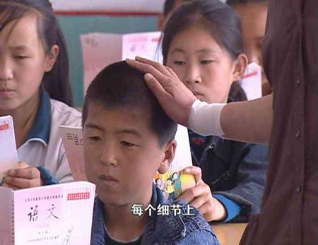 东方时空:关注黑龙江沙兰镇洪灾过后的心理抚慰
