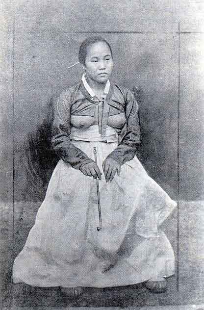 组图:中日韩古代女子服饰