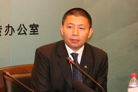 组图:新浪CEO兼总裁汪延开通仪式后答记者问