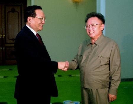 朝鲜领导人金正日在平壤会见唐家璇(图)