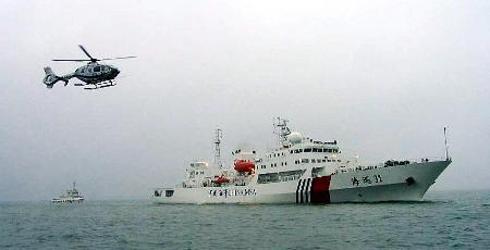 我国海巡船在东海专属经济区巡逻