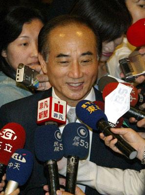 王金平要求澄清负面传闻不排除连战出面斡旋