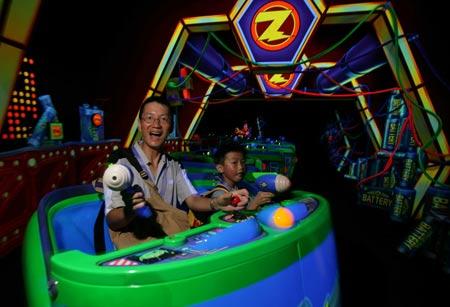 巴斯光年星际历险为香港迪斯尼乐园宾客带来快感