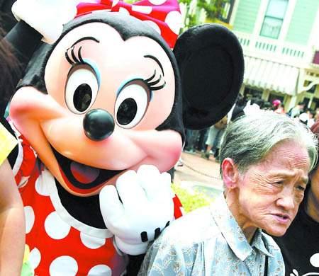 香港迪斯尼开放日牢骚满园将增加中国故事游戏