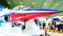 北京航展没有一架真飞机(图)