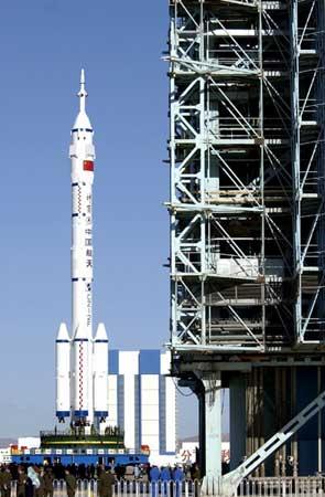 神六副着陆场已启用将最大限度确保航天员生命