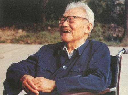 我国一代文学巨匠巴金在上海逝世