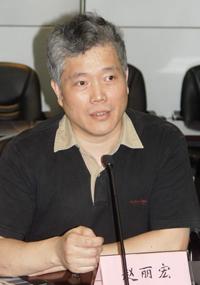 财经时报独家连线著名作家赵丽宏