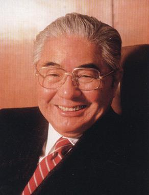 原国家副主席荣毅仁在京逝世享年89岁