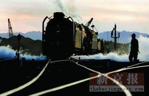 蒸汽机时代草原落幕:铁路系统让人想起红灯记
