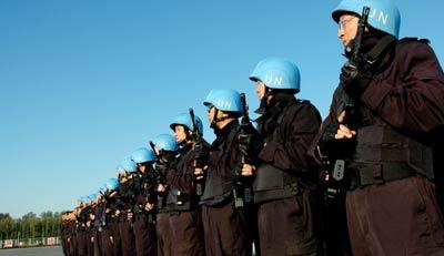 中国赴海地维和警察防暴队通过联合国大考(图)