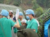 中国第二批救援队赴巴基斯坦高山震区巡诊