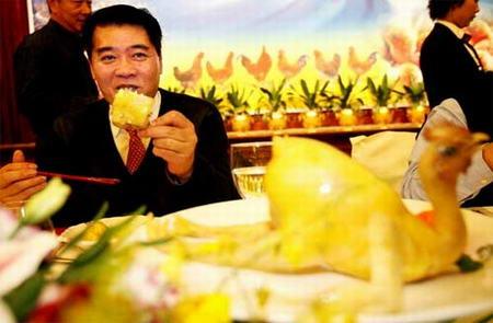 广东省委副书记摆下百鸡宴鼓励市民吃鸡(组图)