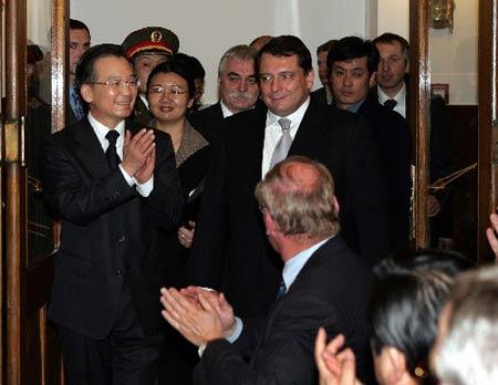 温家宝:中国是最安全最有吸引力的投资地之一