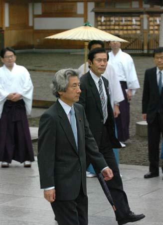 日本民主党党首称小泉参拜是日中最大障碍(图)
