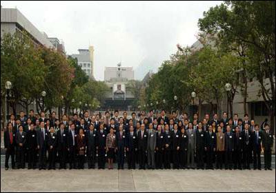 香港慈善家邵逸夫捐2亿港币支持内地教育(图)
