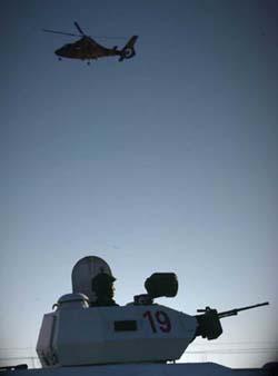 组图:武警新疆总队第二支队天寒地冻练精兵