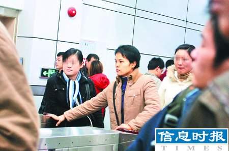 广州春运背后的故事:曾想用善意谎言打动旅客