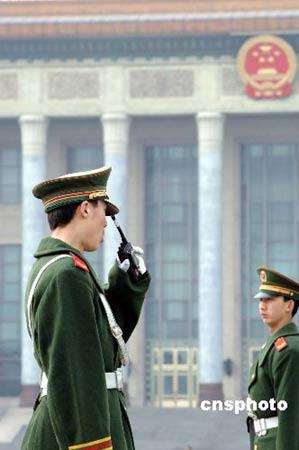 图文:北京启动超常规巡逻方案保卫两会