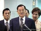 连战一行今早离开台北赴京参加两岸经贸论坛