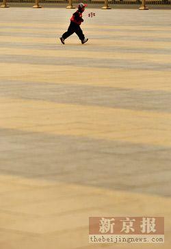 组图:漫天黄沙夜裹京城