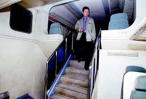 五一坐城际列车5小时到成都