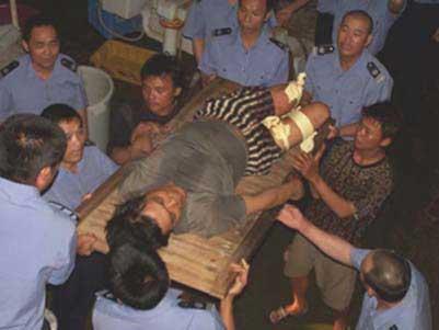 中国渔船在南沙遭外国船只枪击抢劫4名渔民遇难
