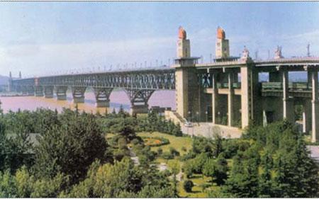 专家建议炸掉南京长江大桥疏通长江黄金水道