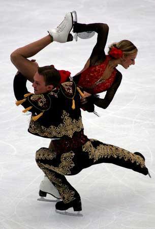 世界花样滑冰大奖赛冰上舞ag82018.com蹈(体育新闻优秀奖单幅)