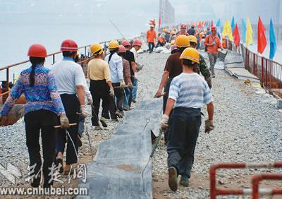 三峡三期上游围堰明日将爆破拆除(组图)