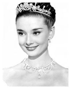 """赫本/奥黛丽/赫本曾被媒体评为""""史上最美的女人"""""""