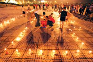 高中生300根蜡烛为女友祝生高中辅导书v蜡烛图片