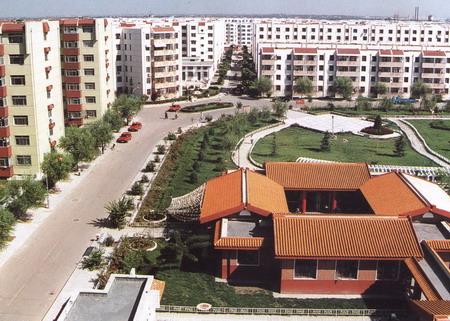 资料图片 唐山环境优美的住宅小区高清图片