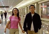 陈水扁儿子儿媳返台在机场耍特权(组图)